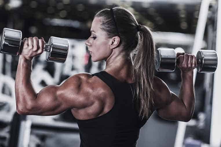 a female lifter with a manly physique